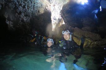 青の洞窟の感じ